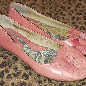 Born Pink Flower Flats Size 7